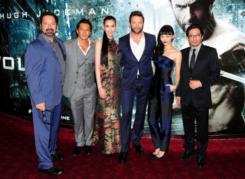 movies wolverine premiere cast 493x360 Press Conference Interview With The Cast And Director Of The Wolverine