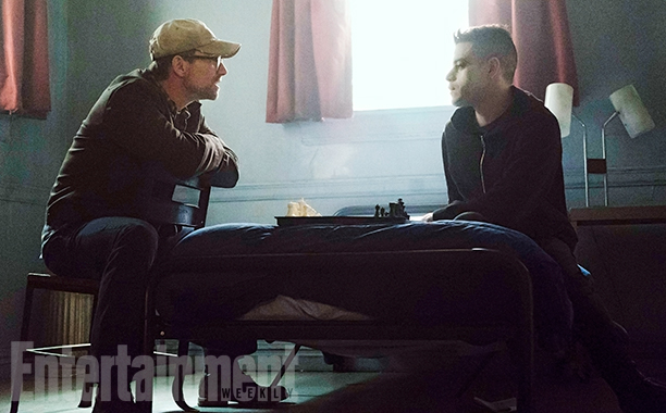 "Mr. Robot Season 2 Debuts First Image, New Episodes Will Be ""Very Different"" From Season 1"