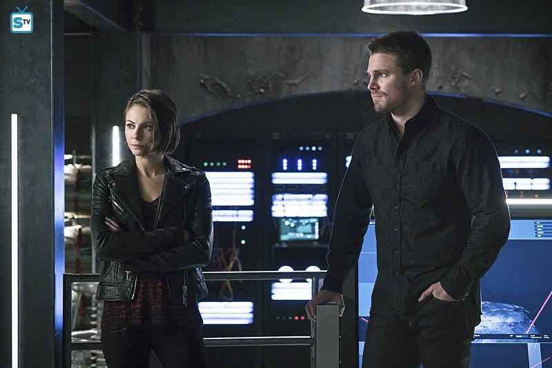 First Look Photos From Arrow Season 4, Episode 11 Released