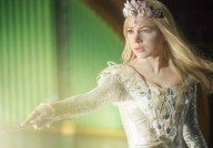 new-images-from-oz-the-great-and-powerful-120805-00-470-75