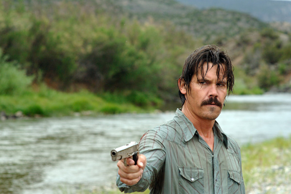 Josh Brolin Will Replace Clive Owen In Sin City: A Dame To Kill