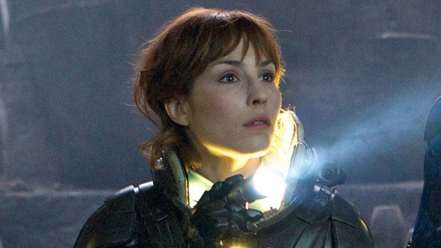 noomi rapace prometheus1 Prometheus 2 Script Is In The Works Says Noomi Rapace