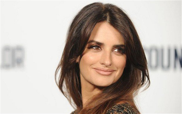 Penelope Cruz Boards Murder On The Orient Express