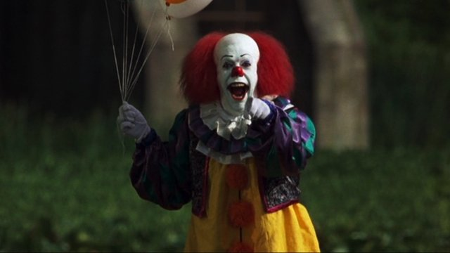 who will play pennywise in the remake of it