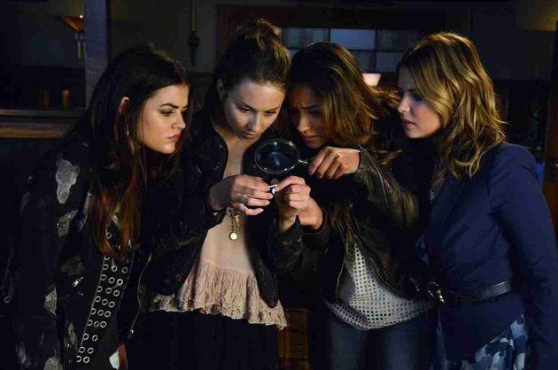 "Pretty Little Liars Review: ""Bite Your Tongue"" (Season 4, Episode 17)"