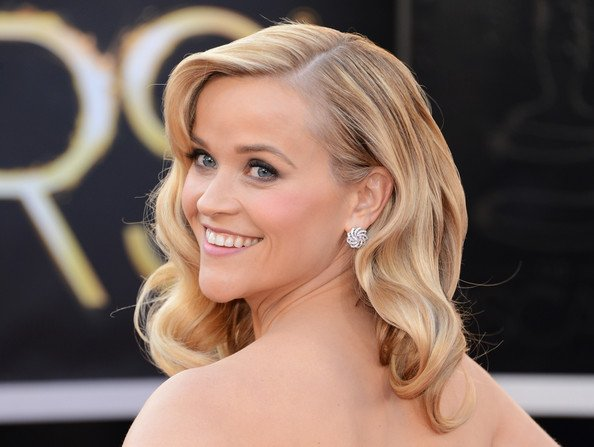 Reese Witherspoon Spreads Oscar Dust Over Live-Action Tinker Bell Movie