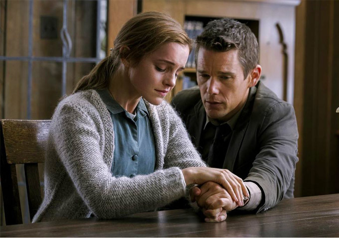 First Look At Emma Watson And Ethan Hawke In Alejandro Amenábar's Regression
