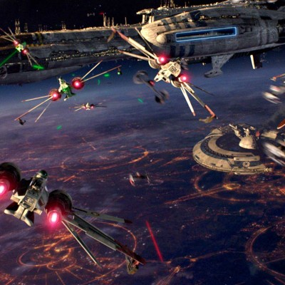 '9 Reasons Why The Star Wars Prequels Aren't As Bad As You Remember' from the web at 'http://cdn.wegotthiscovered.com/wp-content/uploads/revenge-of-the-sith-opening-battle-400x400.jpg'