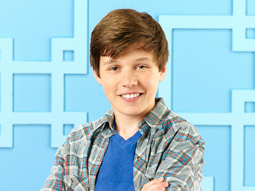 Interview With Nick Robinson On Melissa and Joey
