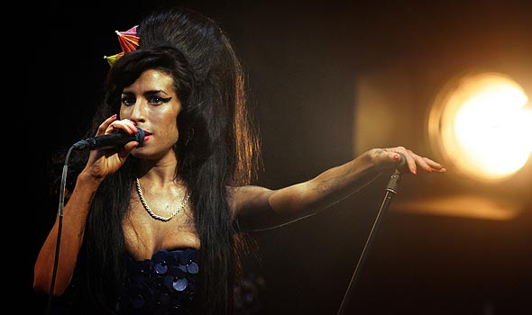 role-model-amy-winehouse-590x350
