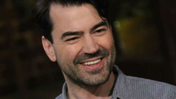 Ron Livingston Will Face Aliens In Young Adult Adaptation The 5th Wave