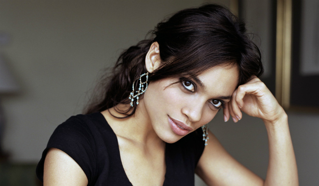 Rosario Dawson Lands Batgirl Role In Warner's LEGO Batman Movie