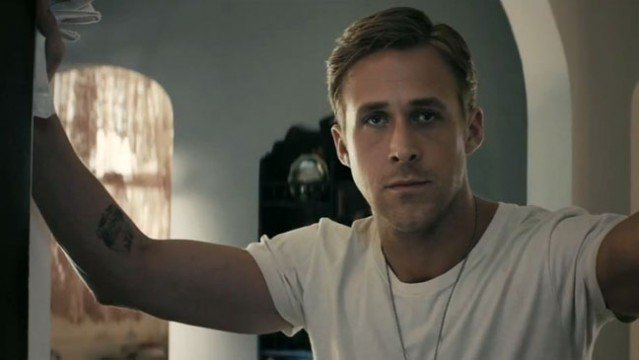 ryan gosling a l 639x360 10 Actors Who Could Play The Flash In Justice League