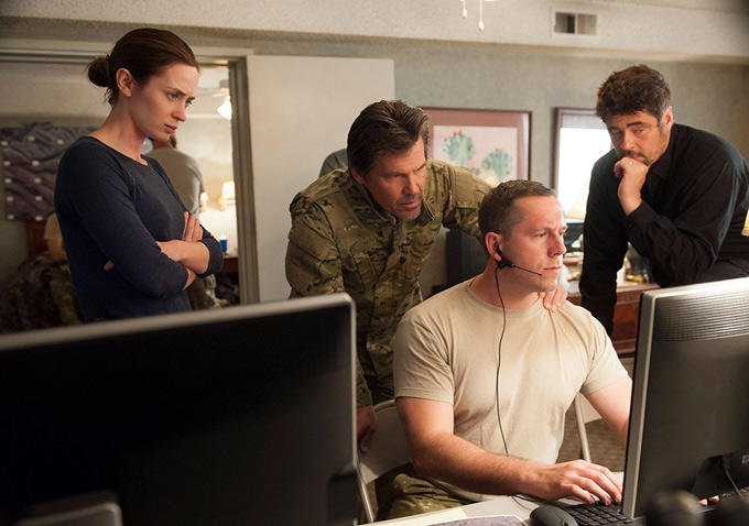 Sicario Images Tease Terrific Cast