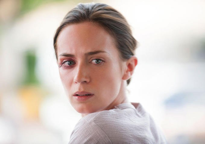 Denis Villeneuve's Sicario Gets New Poster And Synopsis