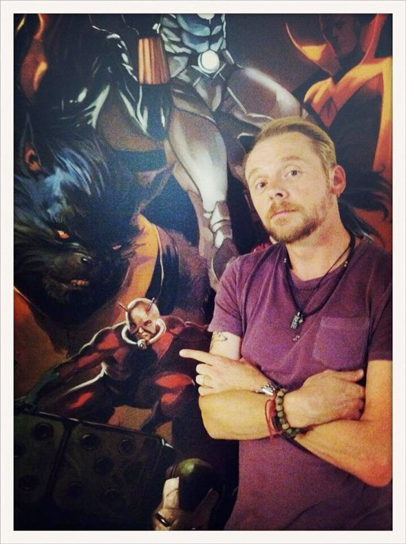 simonpegg marvelvisit3 full Is Simon Pegg Going To Play Ant Man For Edgar Wright?