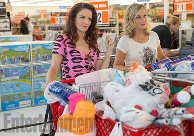 Check Out First Image Of Tina Fey And Amy Poehler In Sisters