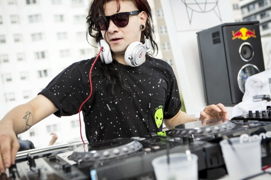 Skrillex - Performance