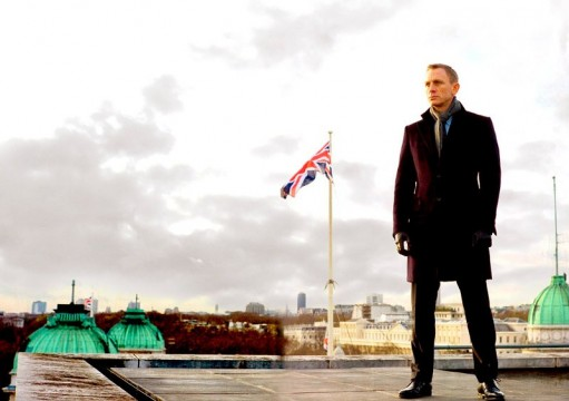 Check Out Daniel Craig As James Bond In New Skyfall Images