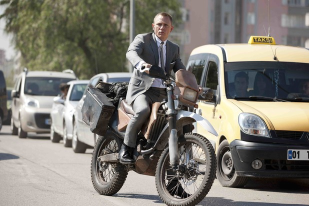 A New Image Of Daniel Craig In Skyfall Has Been Released