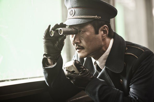 snowpiercer1 Bong Joon Hos Cut Of Snowpiercer May See U.S. Release, Plus New Photos From The Film