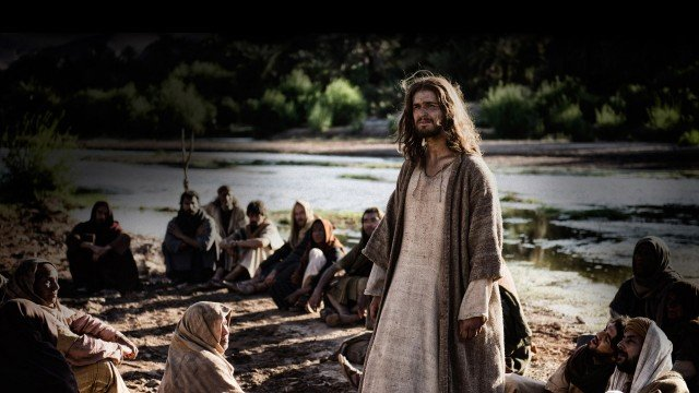 New Son Of God Trailer Introduces The Warm And Fuzzy Jesus