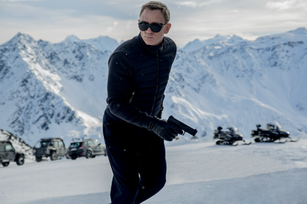Here's Your First Look At Daniel Craig In Action As James Bond In Spectre