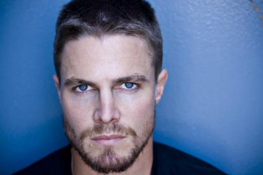 stephen amell 6 540x360 Stephen Amell Is CWs Green Arrow
