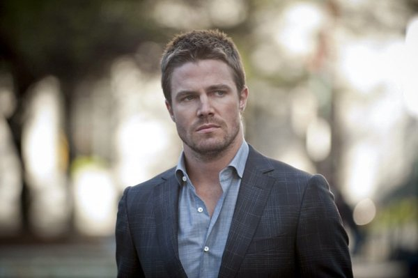 Arrow's Stephen Amell May Star In Fifty Shades Of Grey