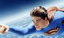 New Crisis On Infinite Earths Photo Shows More Of Brandon Routh's Superman