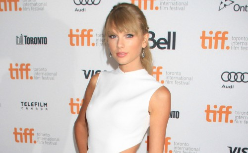 Taylor Swift & Katie Holmes Join The Giver
