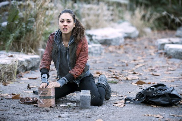 the 100 23 The 100 Review: I Am Become Death (Season 1, Episode 10)