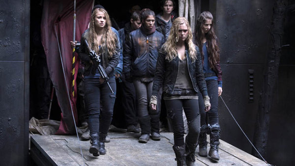 "The 100 Season Finale Review: ""We Are Grounders - Part 2"" (Season 1, Episode 13)"