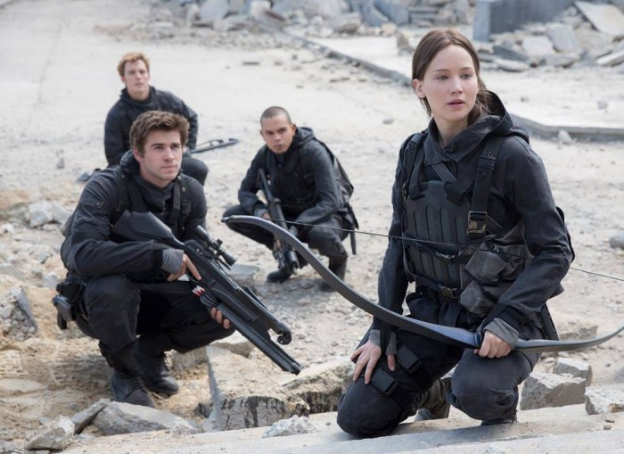 Jennifer Lawrence Reveals The Hunger Games: Mockingjay - Part 2 Pic