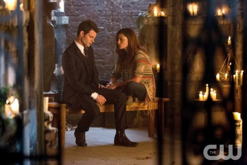 "The Originals Series Premiere Review: ""Always and Forever"" (Season 1, Episode 1)"