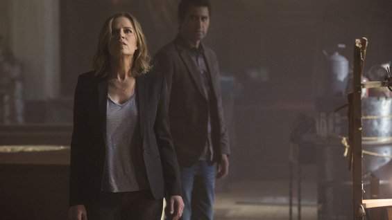 Walking Dead Spinoff Is Officially Called Fear The Walking Dead; Trailer Due Sunday