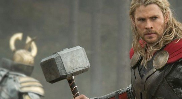 thordarkworld-firstlook-thor-hammer-full