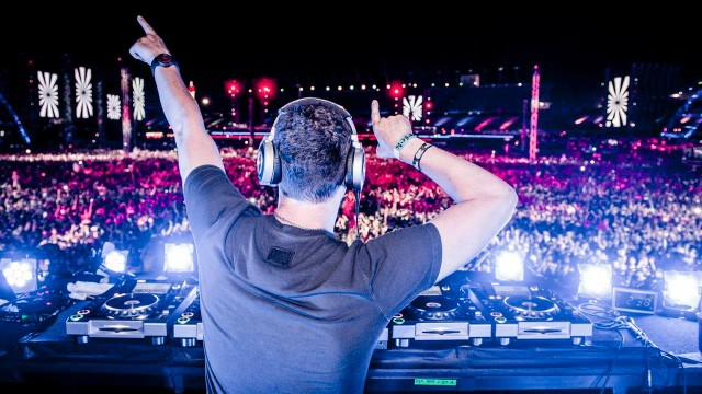 Tiësto Celebrates Landmark 400th Episode Of Club Life