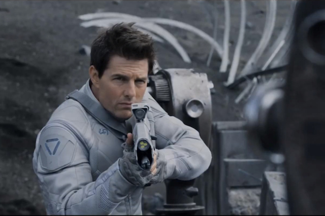 tom cruise oblivion Tom Cruises 10 Greatest Movie Roles