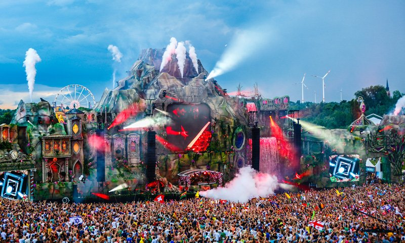 Tomorrowland Had Some Serious Social Media Impact This Year