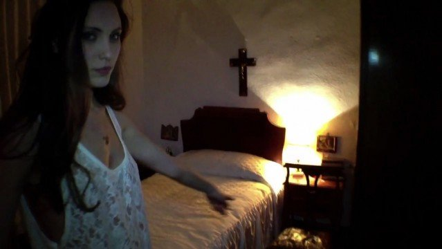 trailer-for-hooked-up-horror-movie-shoot-on-an-iphone