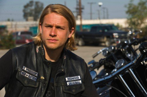 Charlie Hunnam Will Battle To Save Earth In Pacific Rim