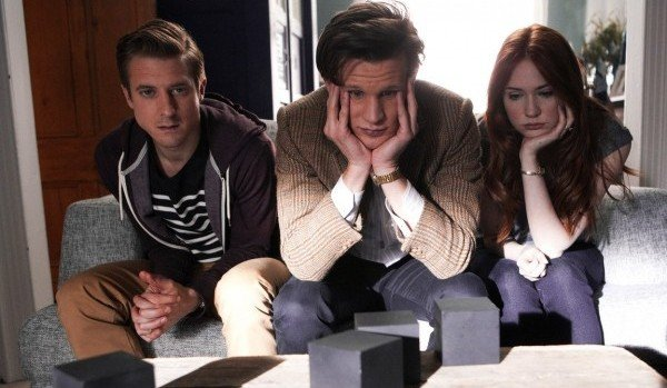"""Doctor Who: """"The Power Of Three"""" Promo Pictures Released"""
