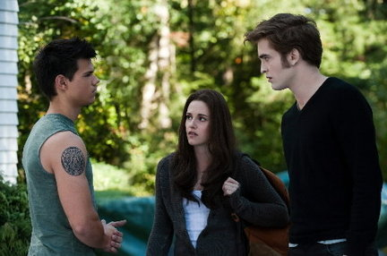 New Trailer For The Twilight Saga: Breaking Dawn - Part 1