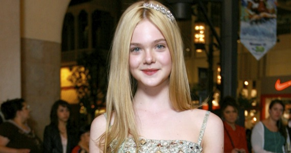 Elle Fanning May Play Sleeping Beauty In Maleficent