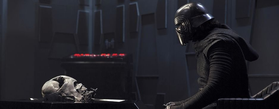 New Star Wars: The Force Awakens Images Feature A Very Familiar Face