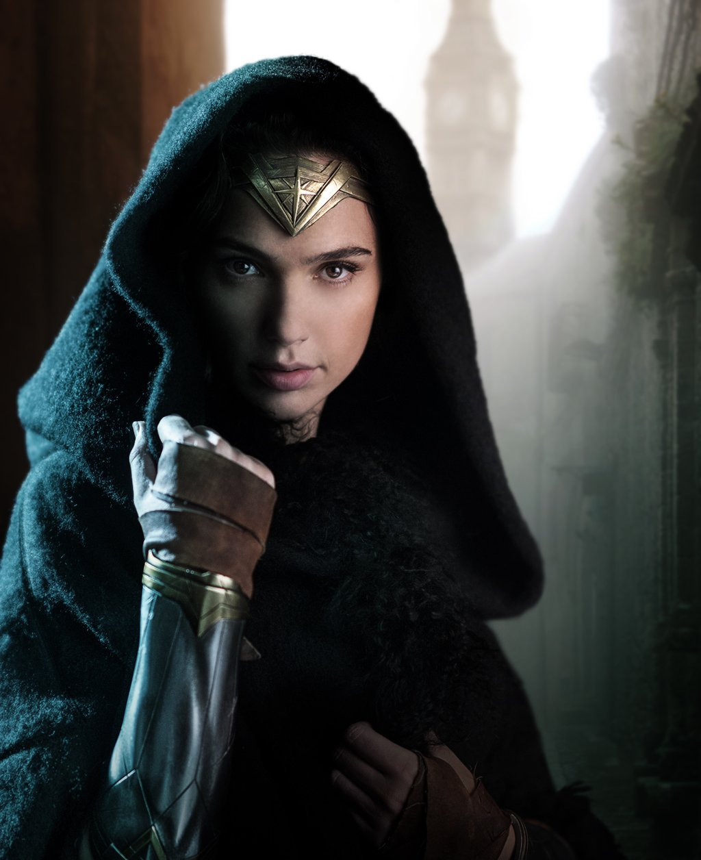 First Official Wonder Woman Still; Robin Wright, Danny Huston And More Join Cast