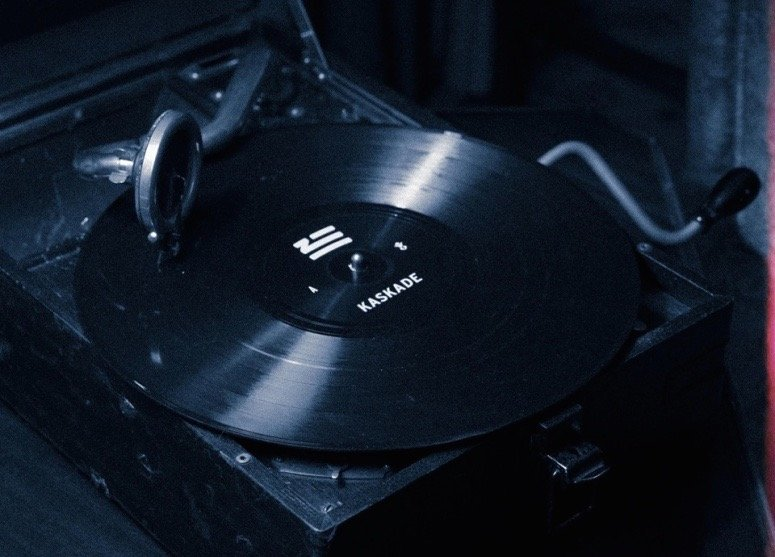 Contest Win A Copy Of Zhu S Generationwhy On Vinyl